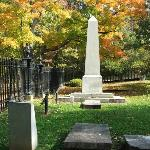 JEFFERSON GRAVE MONUMENT