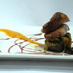 Secreto Ibérico con puré de melocotón y verduras confitadas