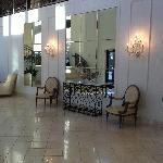Secondary lobby