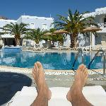 Farniente à la piscine de l'hôtel