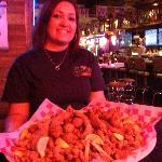 Razzoo's Cajun Cafe: Jaws Seafood Platter