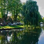 tipico canale che porta da Volendam ad Edam