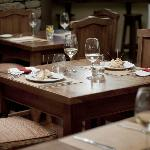 Enjoy a 3 steps menu at Lares Resto