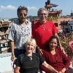 Sur la terrasse avec Hari et Shita