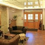 Reception & Lounge