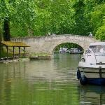 UNESCO listed Canal du Midi, 5 minutes away