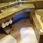 バスルーム 大理石で綺麗