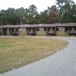 The motel building.