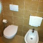 toilet, bidet