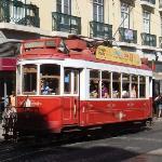 Em Portugal não deixe de passear no eletrico