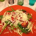 tagliata rucola e pomodorini