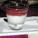 Mousse de Fromage Blanc au Coulis de Fruits Rouges