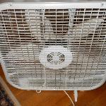 Ventilateur plein de poussière