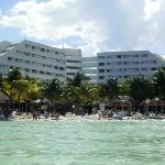 oasis palm beach desde el mar