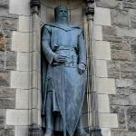 "Statue of William Wallace (Remember the hero in the movie ""Brave Heart""?"