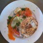 bagel with nordic salmon and red onion
