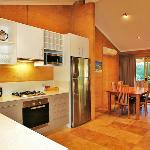 Kitchen and Dining in the Lake View Chalet