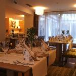 Ramada Restaurant
