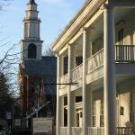 Il vecchio ingresso del Deerfield Inn