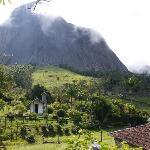 Pedra Azul walk views
