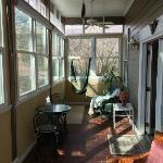Screened In Porch of White Sulphur Suite