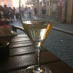 Wine at a cafe on Sporgasse