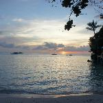 coucher de soleil sur Diniwid Beach