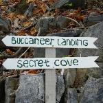 Signs Leading the Way to Bucaneer & Secret Cove