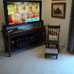Guest Lounge TV with DirecTV