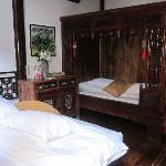 Bedroom furnished with Chinese antiques