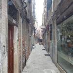 la calle dell' hotel