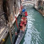 il canale sotto all'hotel