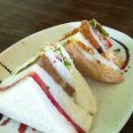 breakfast: small buffet & a sandwich