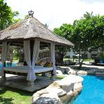swimming pool gazebo