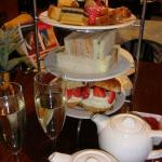 High Tea: a MUST!