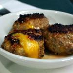 Spicy cheese (pork) burgers