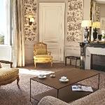 """Chambre """"Suite """" au château"""