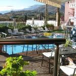 The bar area & pool