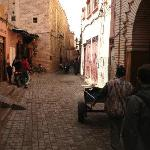 """arrived at """"place du mokef"""" and walked to riad"""