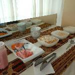 El desayuno buffet que se sirve en el 5to piso