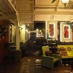 Hapag Vicenticos Restaurant