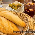 パンとオリーブとサングリア