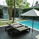 Veiw of rooms and pool