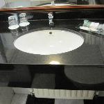 sink/vanity