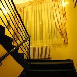 Лестница между 2 и 3 этажами