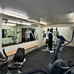 Quality Inn Winkler exercise room
