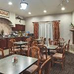 Breakfast Area - Hawthorn Room
