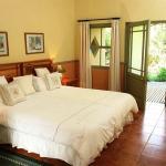 Photo de Housemartin Guest Lodge