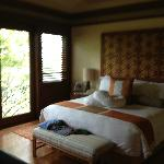 Canopy Suite bedroom