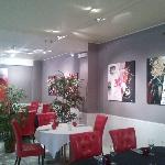 la salle decorée par les artistes peintre de la region